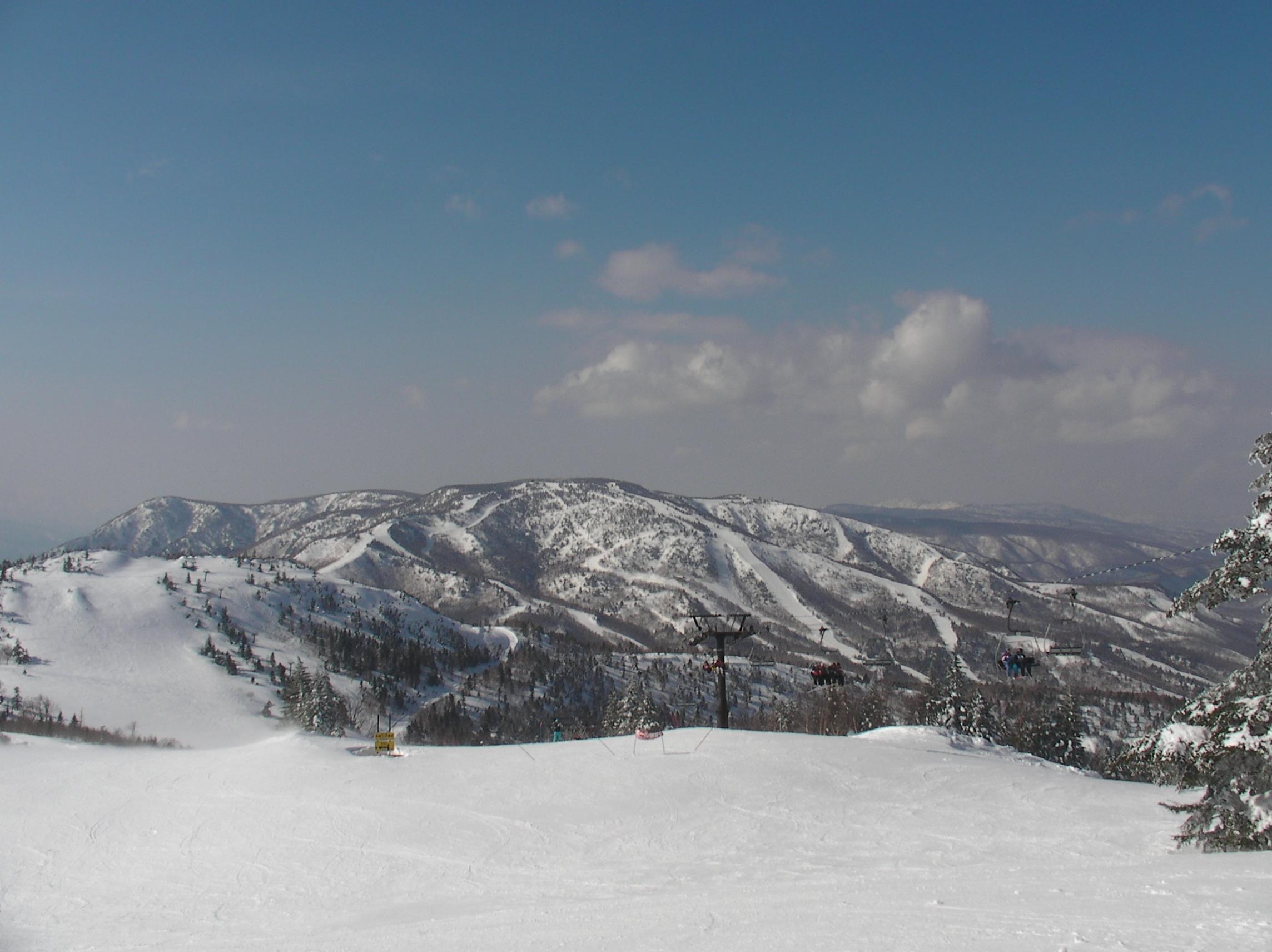 志賀高原スキー場全景