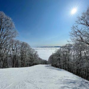 赤倉観光リゾートスキー場の雲海