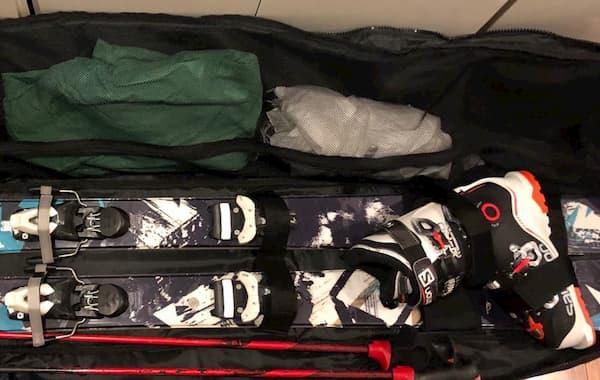 スキーの持ち物